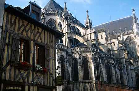 troyes cathedral picture