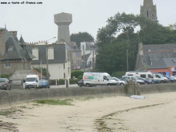 The sea front at Brignogan Plages