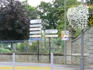 Etables-sur-mer signposts Brittany
