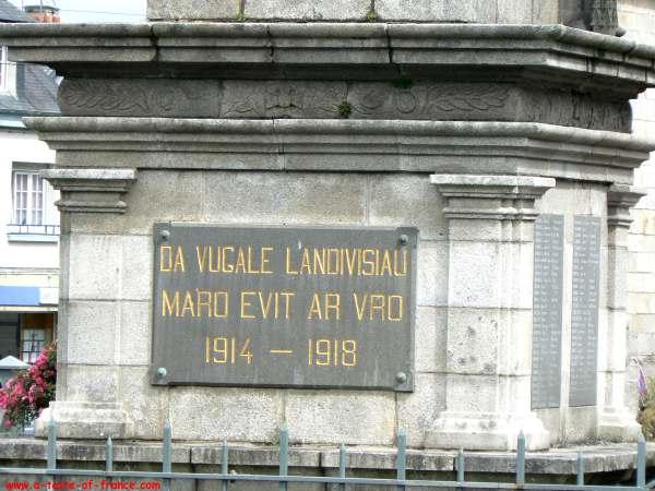 Landivisiau War memorial Brittany