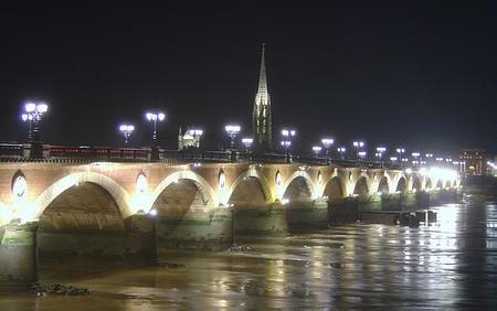 Bordeaux bridge picture