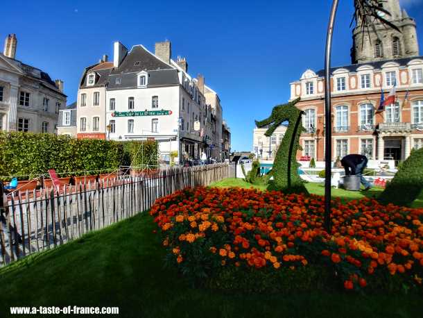 boulogne town hall picture