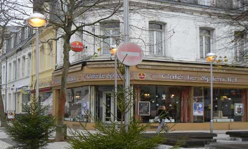 Calais cafe bar picture
