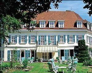 Hotel Cheteau de Montreuil