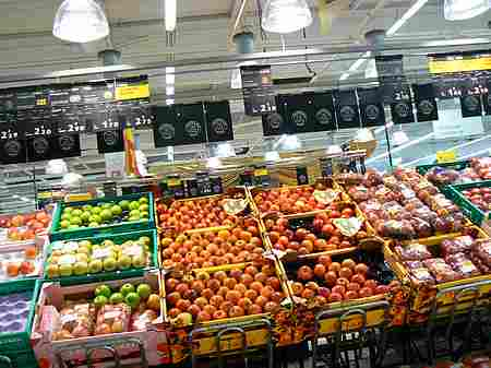 fresh fruit in supermarket picture