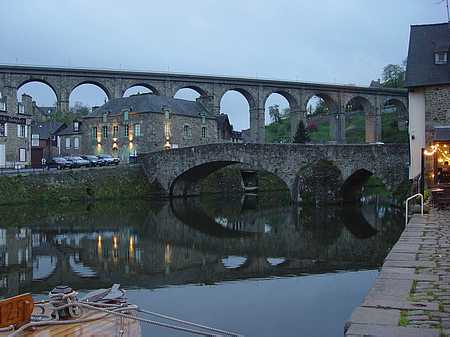 Dinan viaduct picture