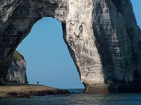 Etretat cliffs picture