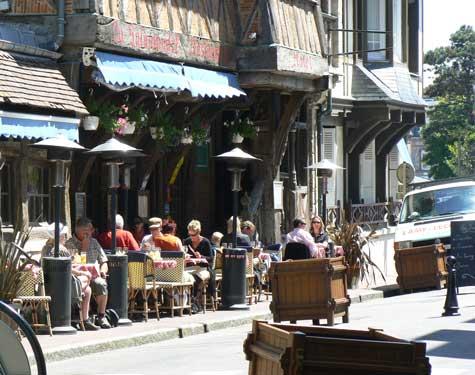Etretat restaurant Normandy