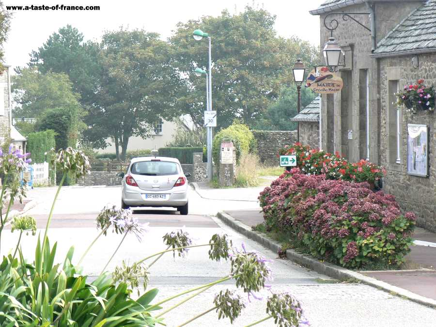 The village of Greville Hague