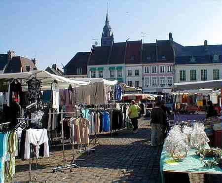 hesdin  market square 2 picture