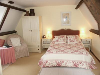 Fenelon Bedroom