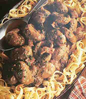 Lambs kidneys in Burgundy picture
