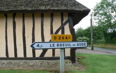 Le Breuil en Auge sign Normandy