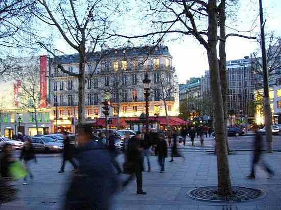 The Champs Elysées picture