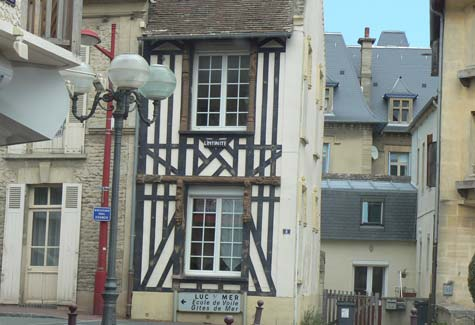 Lion sur Mer house France Calvados  Normandy