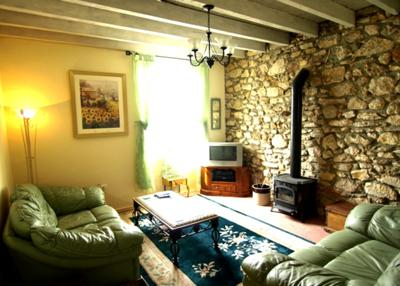 Comfy Sèjour with Woodburner and Corner Dining Suite