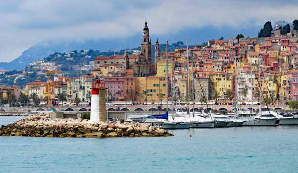 menton lighthouse picture