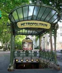 Monmartre metro stop
