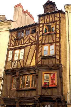 nantes old house picture