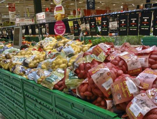 potatoes in supermarket-France picture