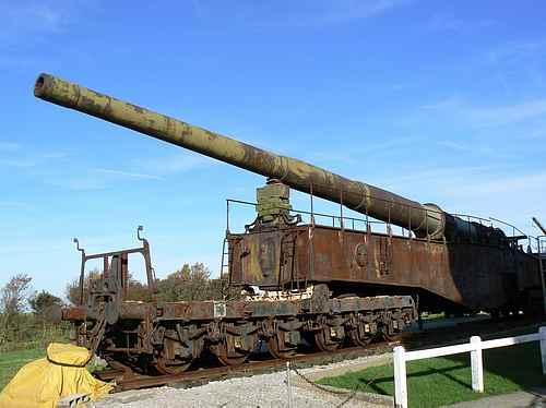 railway gun France picture 3