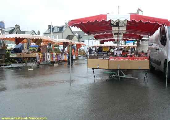 Roscoff market rainy day