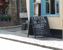st-valery-sur-somme-sign crepe shop picture