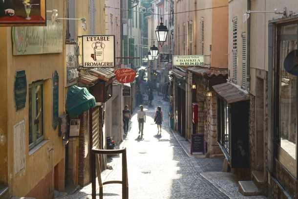 Antibes town centre picture