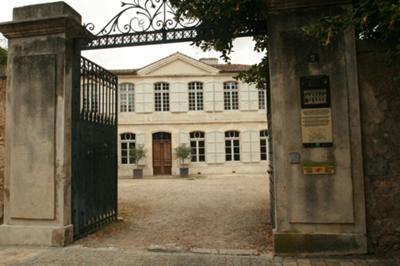 The historic Hotel de Gensac