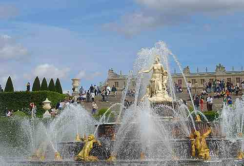 versailles France picture