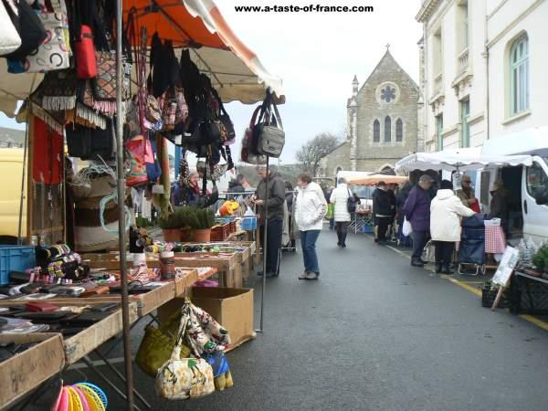 wimereux market picture 3